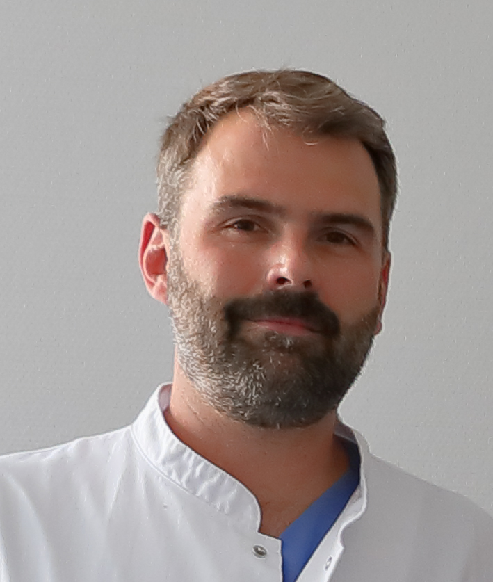 Dr. med. Roman Hirt